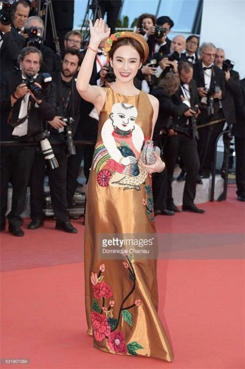 Angela Phuong Trinh xoay 180 do, goi cam tren tham do Cannes