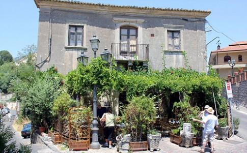 'Du lịch Mafia' bùng nổ ở Sicily