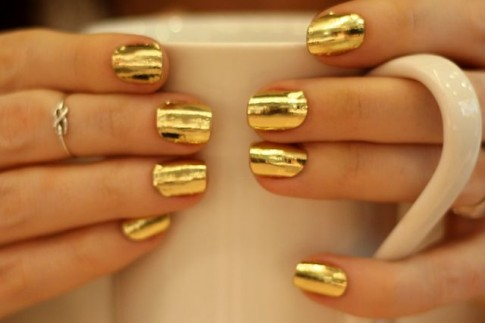 Kiểu nail móng tay màu vàng đẹp 2016 cho nàng quyến rũ