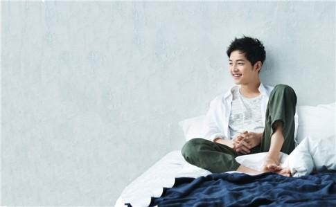 Lanh lung hay ngot ngao, Song Joong Ki deu dep den tung centimet