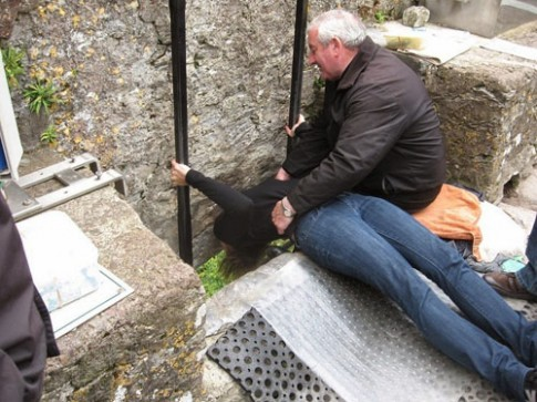 Thi nhau hon da de thanh 'thanh hung bien' o Ireland