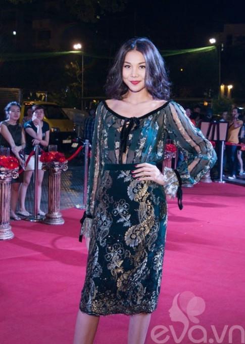 Dung vay, Thanh Hang ngang tam Pham Bang Bang