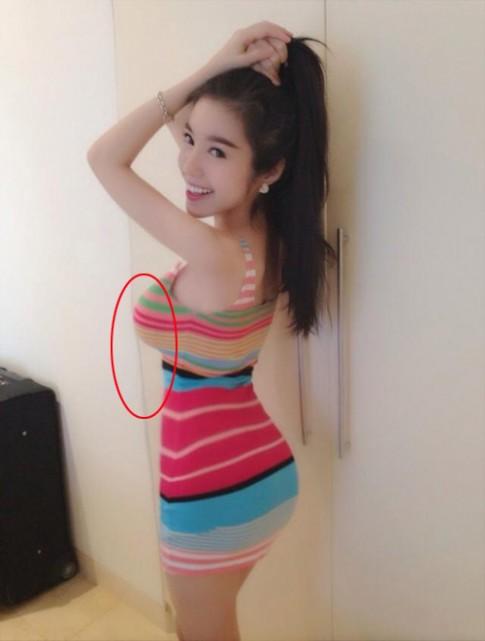 "Elly Tran, Phuong Trinh ""bien dang"" vi photoshop"