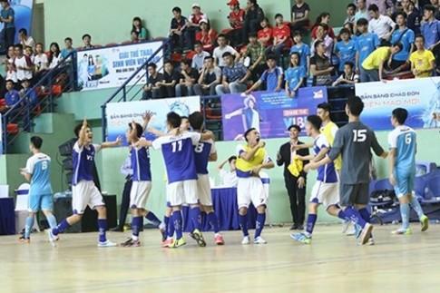 "Giai the thao sinh vien 2016 - Don cho ""chao lua"" Futsal"