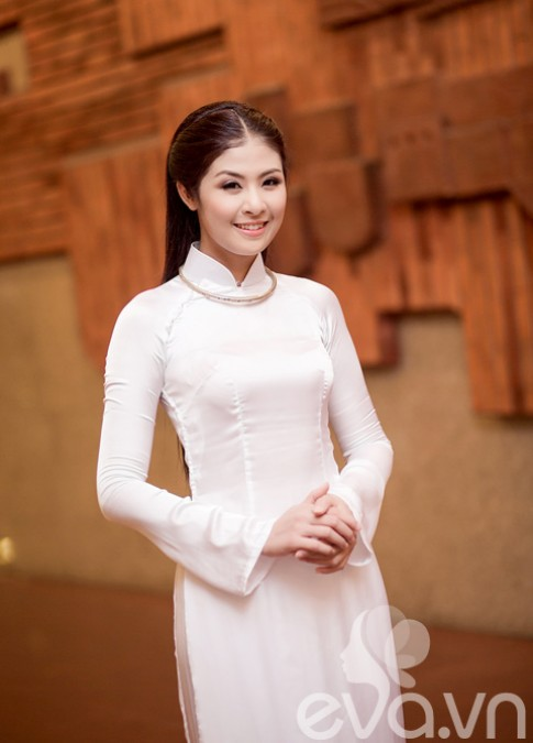 HH Ngoc Han - co gai Viet truyen thong