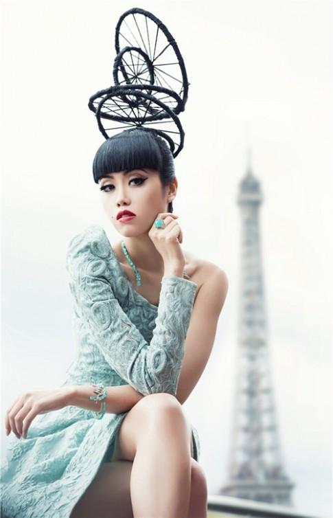 Jessica Minh Anh sẵn sàng thắp sáng sông Seine huyền thoại