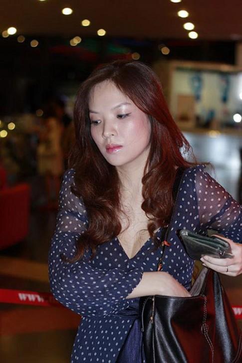 Phan son cung 'khong cuu noi' sao Viet