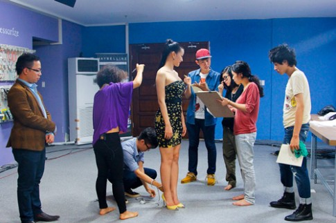 Project runway: Maya gây 'khó khăn' cho thí sinh