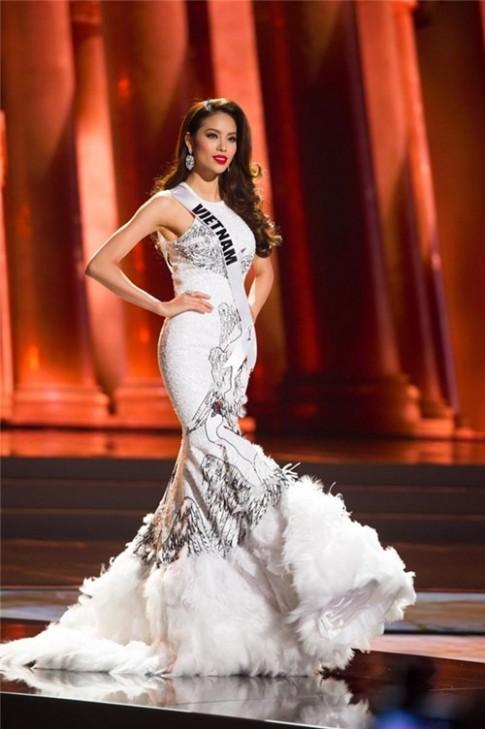 Sau Pham Huong, chiec ve Miss Universe 2016 se thuoc ve ai?
