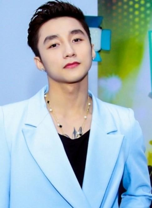 Son Tung M-TP - sao nam trang diem dam nhat showbiz