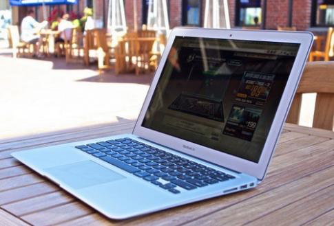 Apple có thể khai tử MacBook Air, thay bằng MacBook Retina