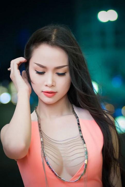 'Ban sao Ngoc Oanh' buoc vao 'cuoc chien nguc khung'