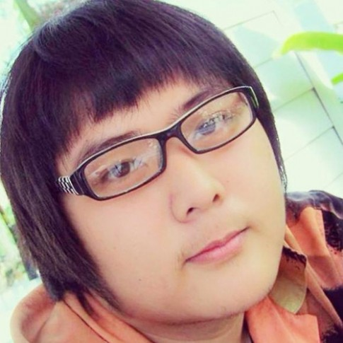 Chang trai Thai nhan nghin loi cau hon sau giam can