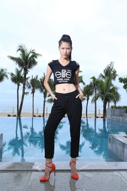 Cô gái rửa bát thuê, phát tờ rơi thi Elite Model Look