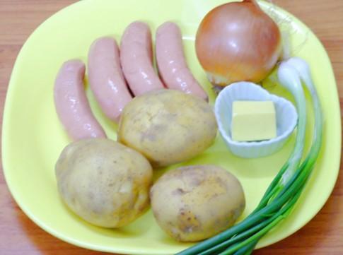 Khoai tây xào xúc xích ngon tuyệt
