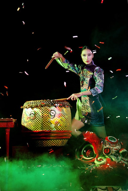 Không sang trời tây theo fashion week, Trang Khiếu làm gì?