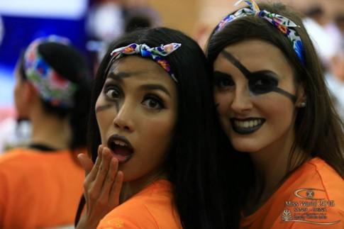Lan Khuê bình thản trước tin đồn bị xử ép tại Miss World
