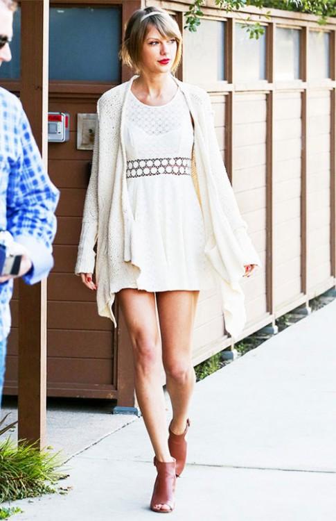 Meo mac do re nhung xin nhu hang hieu cua Taylor Swift