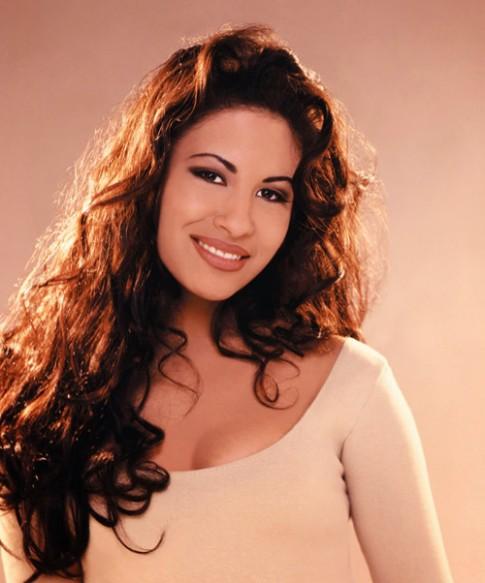 Selena: Khi than tuong bi fan ham mo hai chet