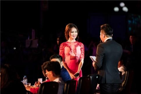 Thuy Van duoc Minh Tiep nang vay tren tham do