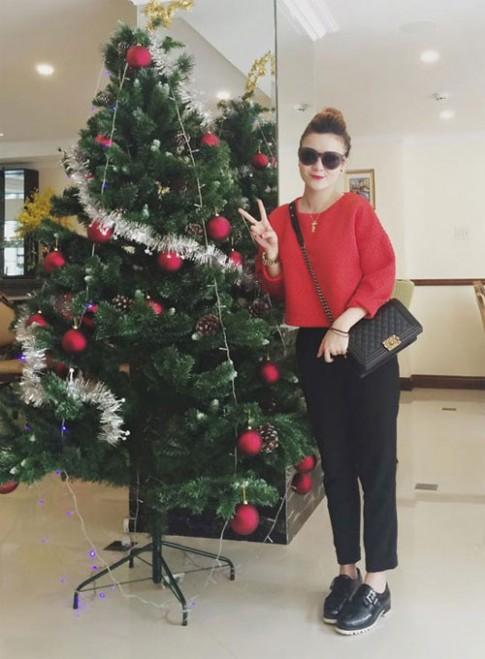 Tuần qua: Sao Việt xinh lung linh đón Giáng sinh