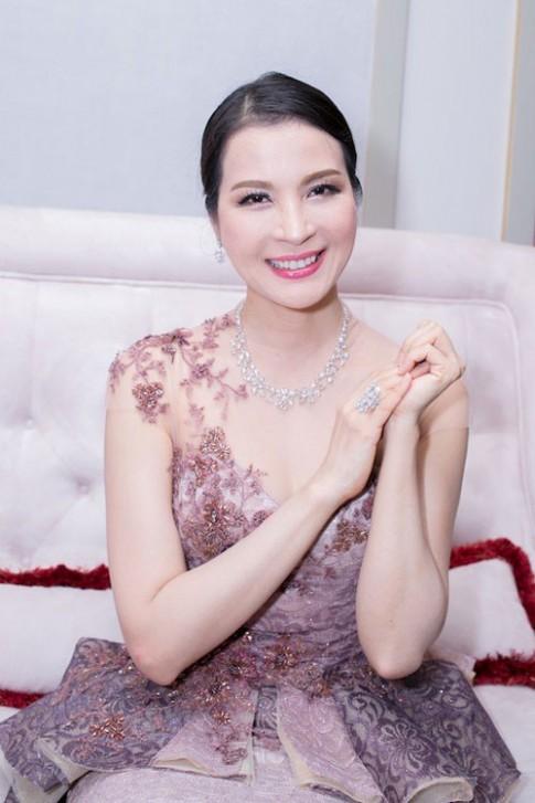 U50 Thanh Mai tre trung, Thu Minh van dam chat 'gai de'