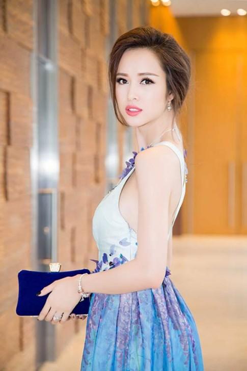 Vu Ngoc Anh, Hoang Thuy Linh goi cam khong ngo
