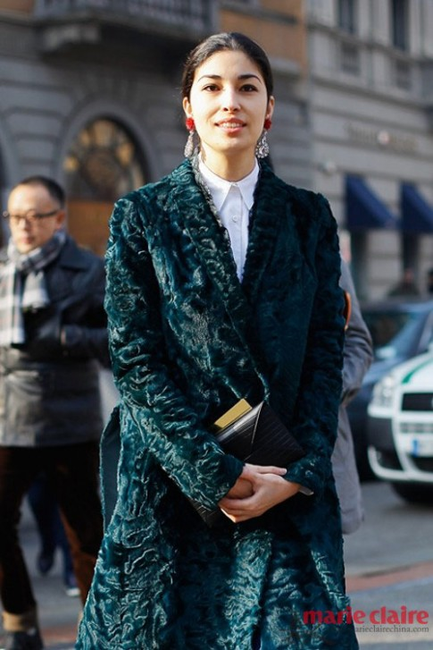 Xử trí khéo léo với thời trang nhung khi thu đông về