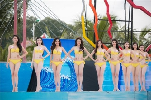 36 thi sinh HHVN 2016 khoe than hinh nong bong voi bikini