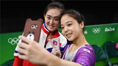 """Buc anh """"tu suong"""" tai Olympic co the mang an tu cho VDV Trieu Tien?"""