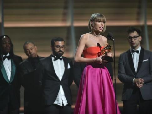 Grammy 2016: Taylor Swift lan 2 doat giai Album cua nam