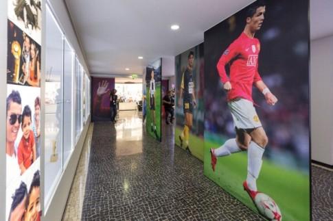 """Mê mẩn khách sạn sang trọng và bảo tàng """"vạn người mơ"""" của Ronaldo"""