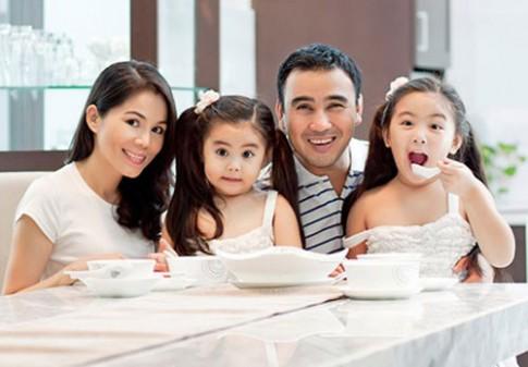 Những cô vợ quyến rũ hơn người của sao Việt (P1)