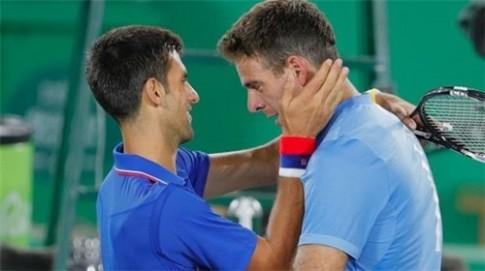 Soc: Novak Djokovic bat ngo bi loai ngay tai vong 1 Olympics Rio 2016