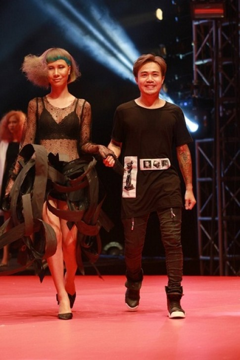 Trinh dien toc nghe thuat tai Color Zoom Hairshow