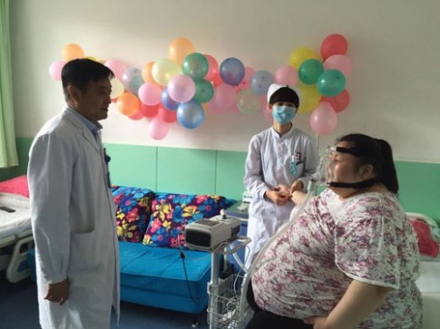 Trung Quốc: Cô gái phải cắt dạ dày để giảm cân
