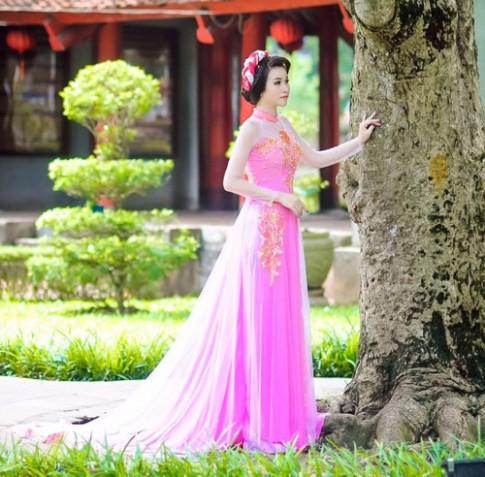 Áo dài hồng cho cô dâu ngọt ngào ngày vu quy