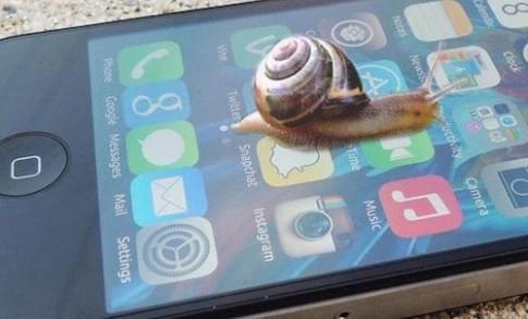 Apple se 'khai tu' iPhone 4 trong thang 9
