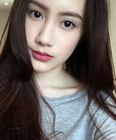 Bi mat sau ve dep khong ti vet cua hot girl goc Viet so 1 tai Lao