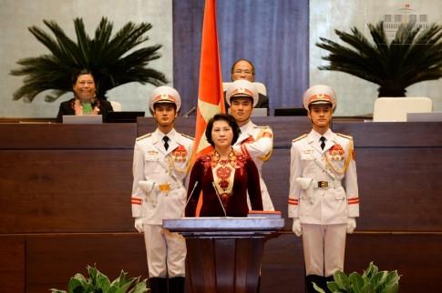 BST ao dai dep mat cua Chu tich QH Nguyen Thi Kim Ngan