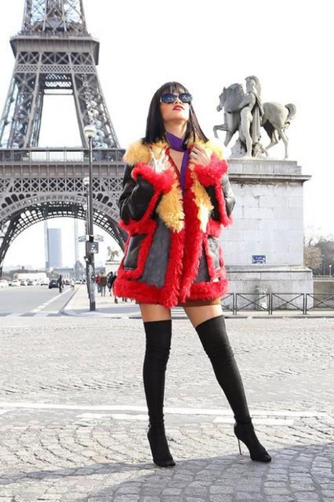 BST ao khoac khong phai ai cung dam mac cua Rihanna
