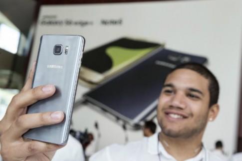 Chan dung Samsung Galaxy Note 7 sap trinh lang