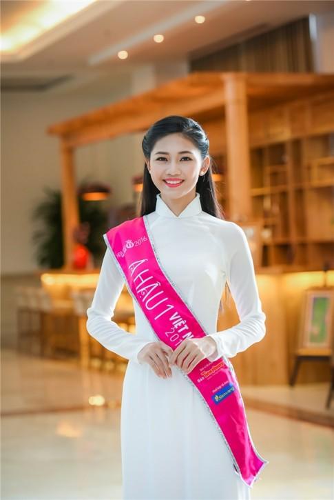 """Cung la A hau 1 nhung Huyen My """"thua xa"""" Thanh Tu"""