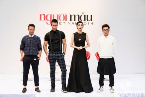 Giám khảo Next Top vất vả uốn nắn thí sinh thi catwalk