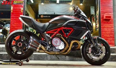 Hap dan cung chiec Ducati Diavel do an tuong tai Thai Lan