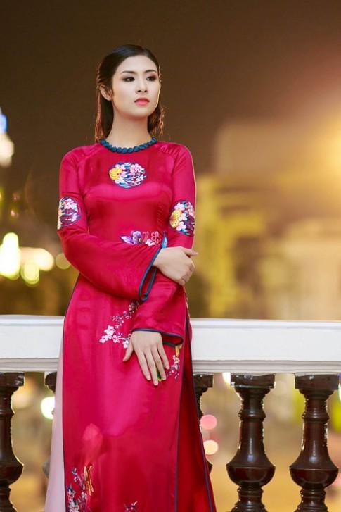 Hoa hau Ngoc Han dep nhat khi mac ao dai