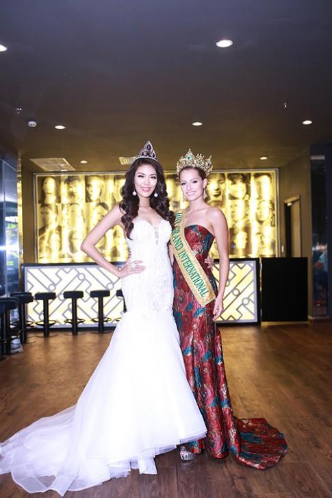 Lan Khuê được chủ tịch Miss Grand International mời thi hoa hậu