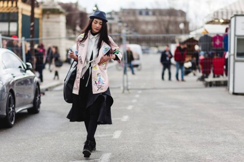 """Loat fashionista Viet """"hut"""" ong kinh nhiep anh Paris"""