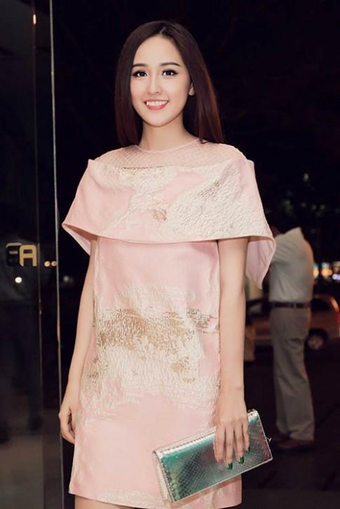 """Mai Phuong Thuy, Jennifer Pham dep """"bat phan thang bai"""""""