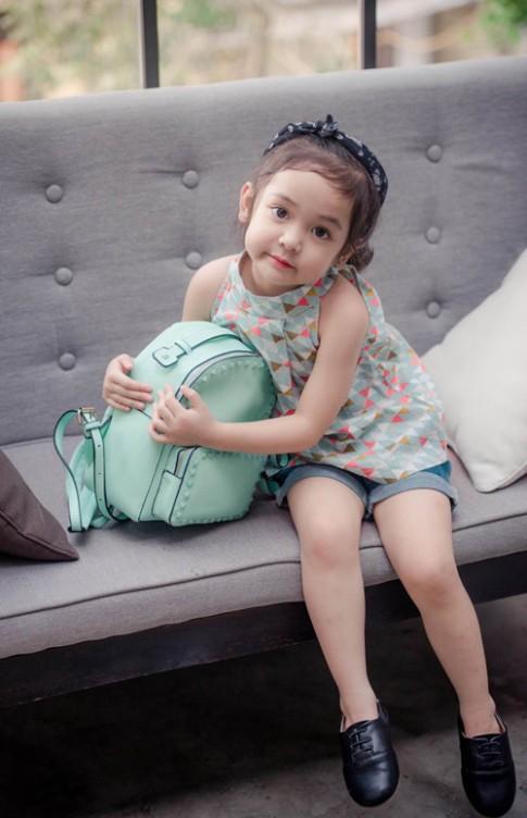 Mẫu nhí 5 tuổi Hà Nội như sinh ra để thi hoa hậu
